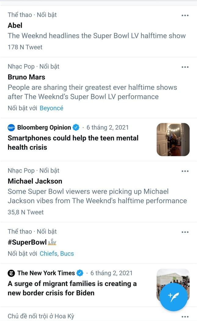 """Quá """"nhọ"""" cho The Weeknd: Chi 7 triệu đô diễn Super Bowl Halftime Show 2021 nhưng fan lại gọi tên Bruno Mars ảnh 5"""