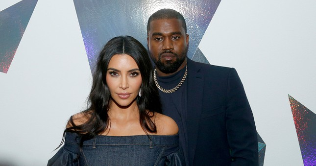 Vì sao Kim Kardashian ly hôn Kanye West nhưng netizen lại réo tên Taylor Swift, Drake? ảnh 2