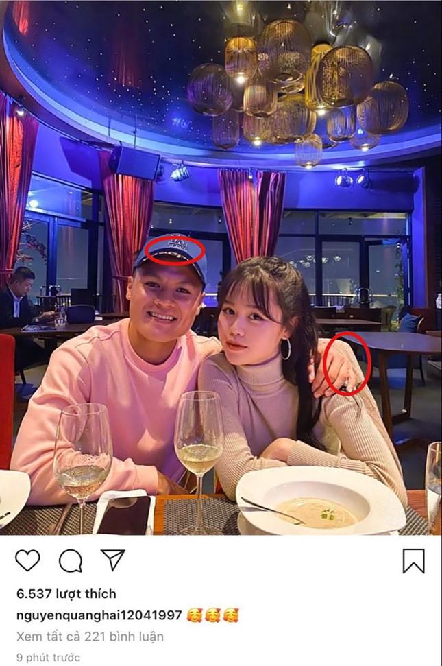 Trước 4 ngày giới thiệu bạn gái mới với bạn bè, Quang Hải vẫn đi ăn cùng Nhật Lê? ảnh 1