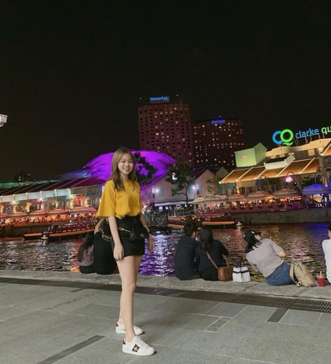 """Bạn gái mới Quang Hải gây """"choáng"""" vì gia thế giàu sang, là """"tay chơi"""" hàng hiệu kín tiếng ảnh 4"""