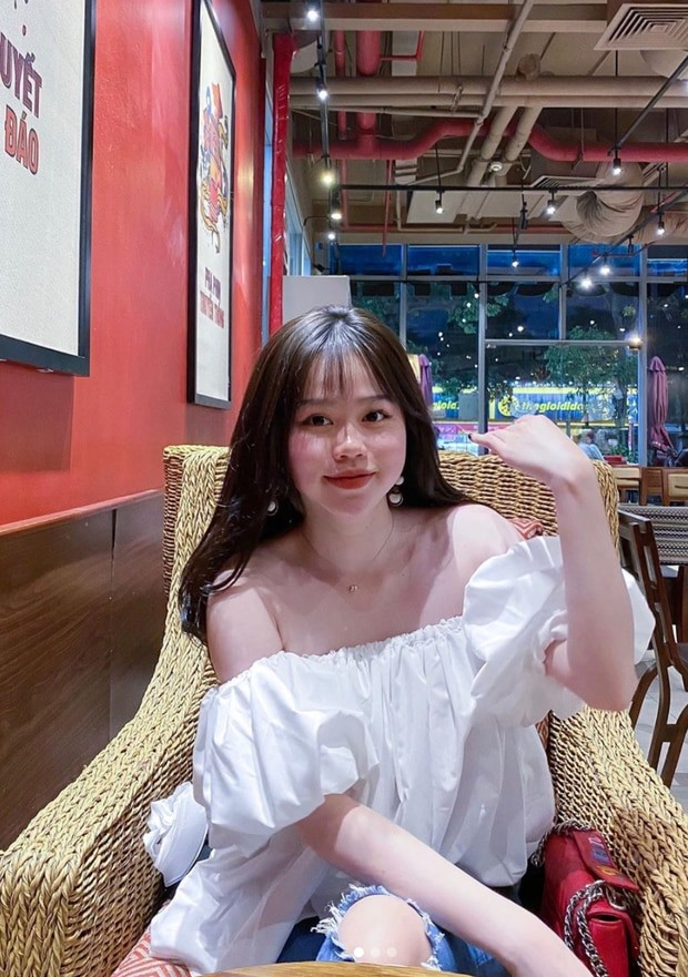 """Bạn gái mới của Quang Hải """"đáp trả"""" anti-fan khi bị chửi bới và """"trù dập"""" chuyện tình cảm ảnh 5"""