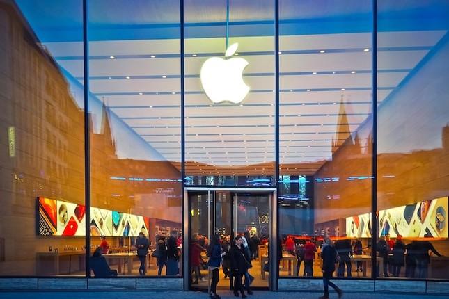 """Khó tin nhưng có thật: Apple lại bị kiện vì sử dụng thương hiệu """"iPhone"""" ảnh 1"""