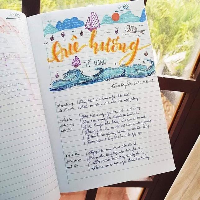 Cuốn vở Ngữ văn được trang trí đầy màu sắc, nhìn vào là muốn học bài ngay! ảnh 8