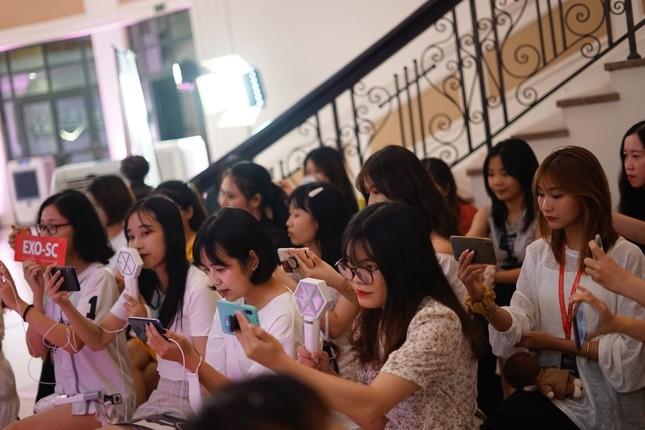 Dream Concert 2020: Các tín đồ K-Pop gặp thần tượng qua màn hình điện thoại, máy tính ảnh 3