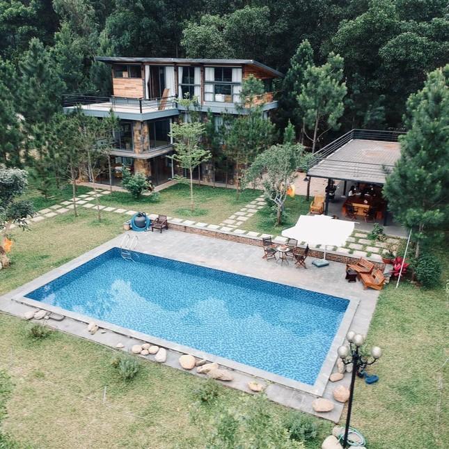 """Tha hồ """"sống ảo"""" ở villa nhà kính giữa rừng thông cách trung tâm Hà Nội 1 tiếng chạy xe! ảnh 2"""