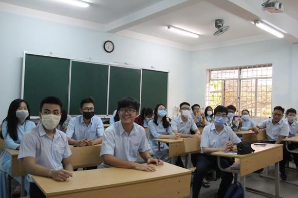 Học sinh Đà Nẵng sẽ được hỗ trợ 4 tháng học phí do ảnh hưởng của dịch COVID-19 ảnh 1