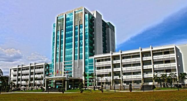 Trường Đại học đầu tiên ở TP.HCM công bố điểm nhận hồ sơ xét tuyển ảnh 1