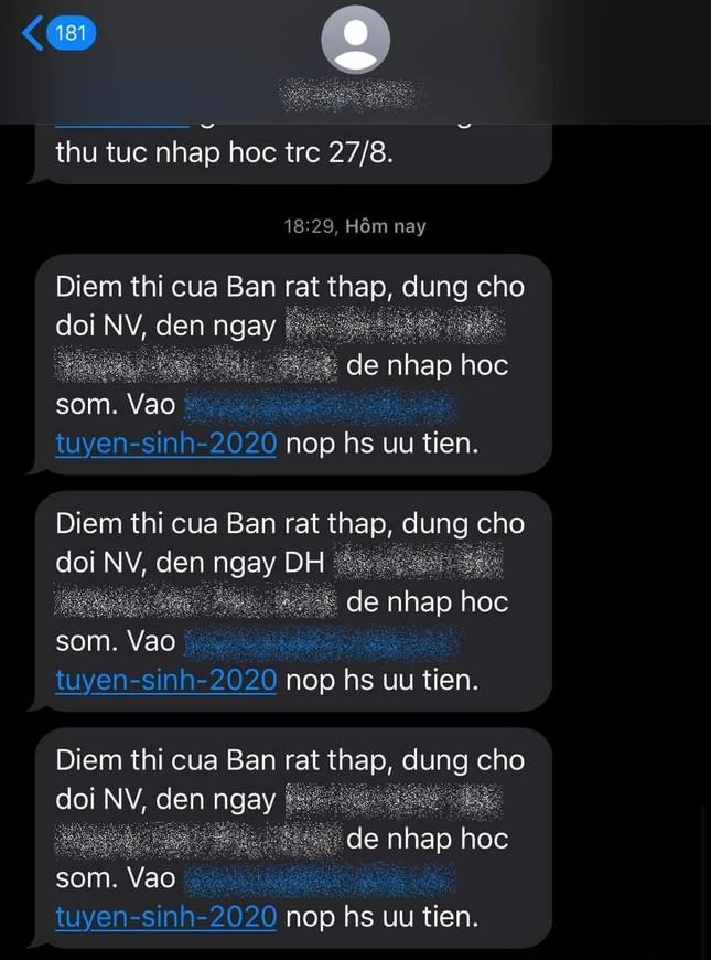Sĩ tử phẫn nộ khi nhận tin nhắn chê điểm thấp từ một trường đại học ảnh 3