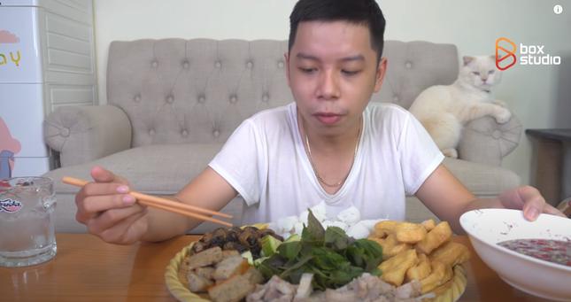 Streamer trở thành Food Reviewer: Xu hướng mới dành cho người đam mê game trót yêu ẩm thực ảnh 6