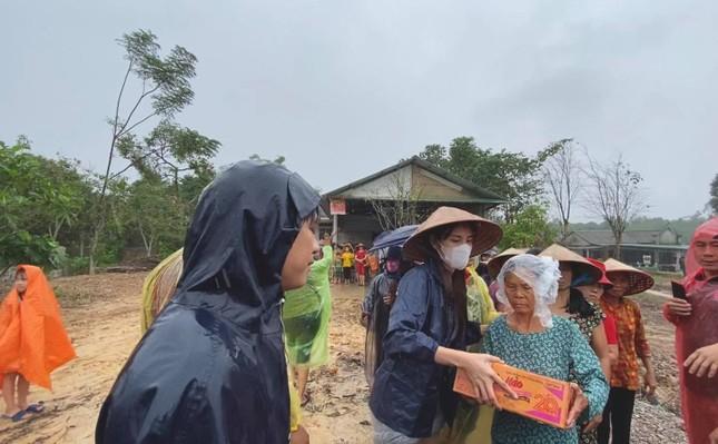 Xuất hiện tài khoản Facebook giả mạo ca sĩ Thủy Tiên để lừa đảo quyên góp tiền cứu trợ ảnh 3