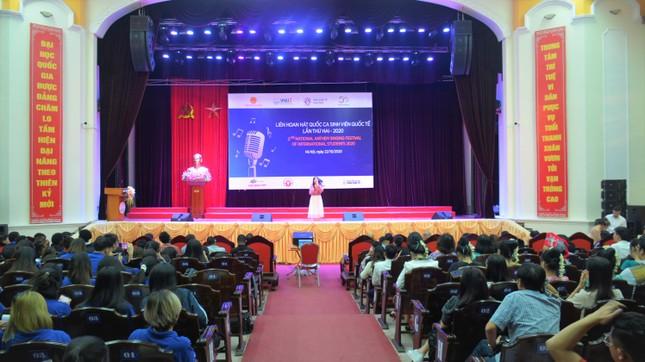 Sinh viên Đại học Hạ Long giành giải nhất Liên hoan hát Quốc ca sinh viên Quốc tế năm 2020 ảnh 1