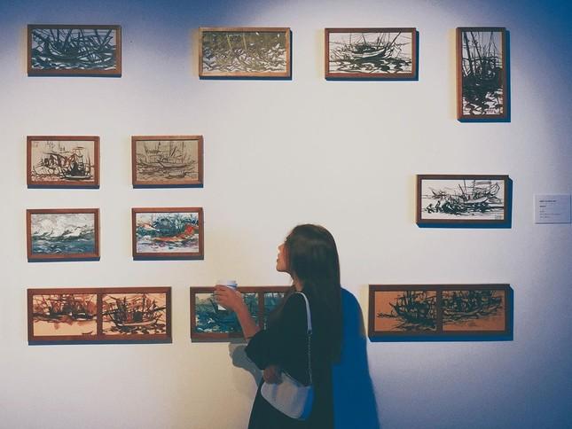 """Triển lãm """"Biển sống"""": Không gian nghệ thuật kì ảo mang vẻ đẹp của biển dành cho giới trẻ ảnh 8"""