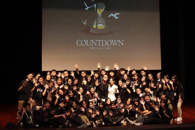 Teen THPT Chuyên Sư Phạm (Hà Nội) háo hức chờ đón đêm trao giải cuộc thi làm phim ngắn ảnh 1
