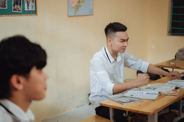 """Có gì ở tập 1 """"Siêu Quậy 12E2"""" - sitcom có sự tham gia của streamer Thảo Nari, Quang Cuốn? ảnh 4"""