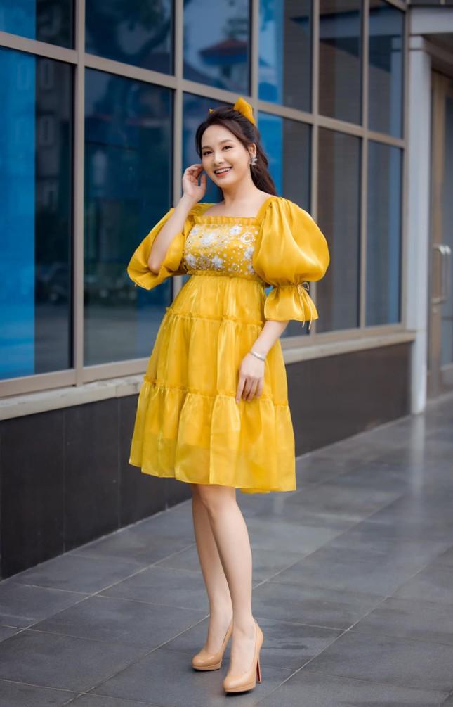 Bị nhắc nhở vì đang mang bầu mà đi giày cao gót, diễn viên Bảo Thanh liền giải thích lý do ảnh 4