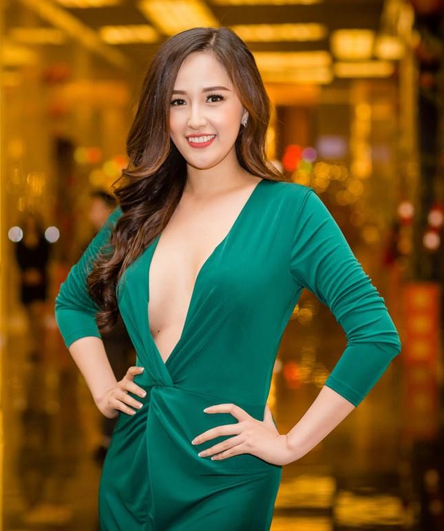 """Netizen trao vương miện """"Hoa hậu tiên tri"""" khi đào lại ảnh thời Yahoo của Mai Phương Thuý ảnh 1"""