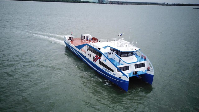 Tuyến phà TP.HCM - Vũng Tàu đi vào hoạt động: Teen Sài Gòn chỉ mất 30 phút để xả stress! ảnh 2