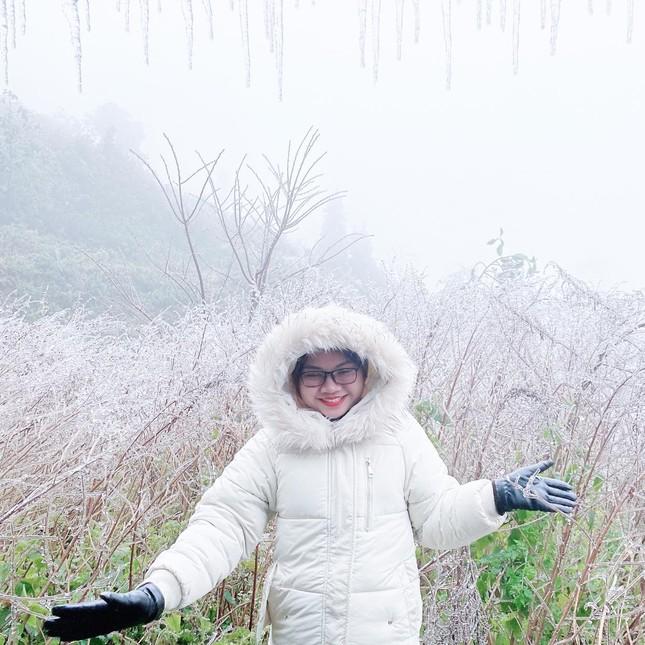 Giới trẻ đua nhau check-in tuyết rơi lãng mạn ở Sa Pa: Đừng quên lưu ý quan trọng này! ảnh 3
