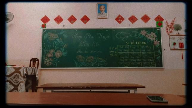 Các bạn học sinh trang trí lớp học đón Tết: Thỏa sức sáng tạo và khoe độ khéo tay! ảnh 14