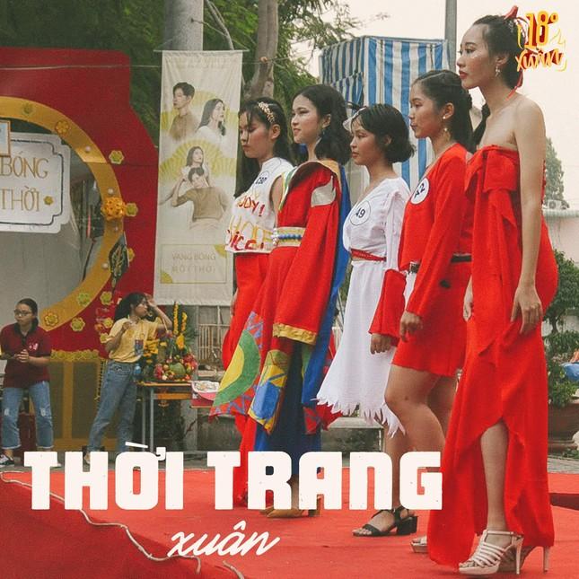 Trường teen tưng bừng lễ hội đón Tết: Hội chợ đón Xuân, prom cuối cấp vui nổ trời! ảnh 6