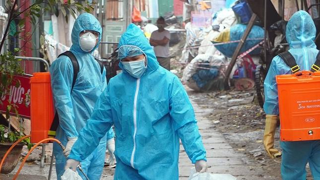 Gia đình ở quận Nam Từ Liêm có 6 người mắc COVID-19 đã đi những đâu tại Hà Nội? ảnh 1