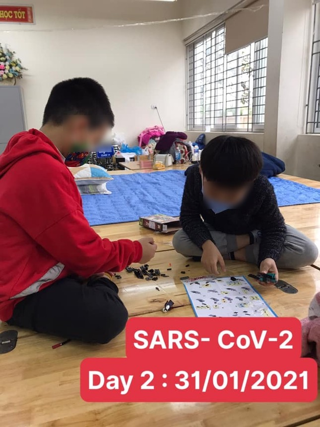 Gần 80 học sinh, giáo viên Tiểu học Xuân Phương (Hà Nội) cách ly tại trường: Thương lắm, cố lên nhé! ảnh 5