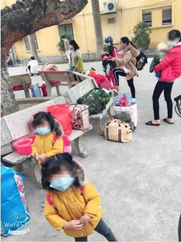 Gần 80 học sinh, giáo viên Tiểu học Xuân Phương (Hà Nội) cách ly tại trường: Thương lắm, cố lên nhé! ảnh 1