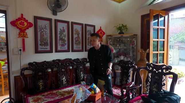 Cận cảnh căn nhà 3 tầng của Độ Mixi tại Cao Bằng, hé lộ món quà giá trị lần đầu tặng mẹ ảnh 7