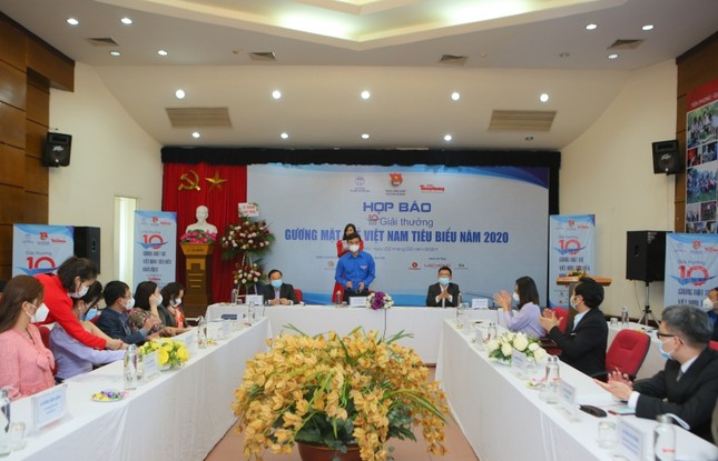 """Nữ sinh 2K6 là gương mặt trẻ tuổi nhất nằm trong 20 đề cử """"Gương mặt trẻ Việt Nam tiêu biểu 2020"""" ảnh 1"""