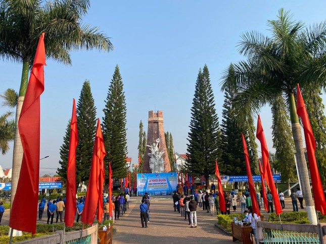 Kon Tum, Bến Tre khởi động Tháng thanh niên với nhiều nhóm nội dung quan trọng ảnh 4
