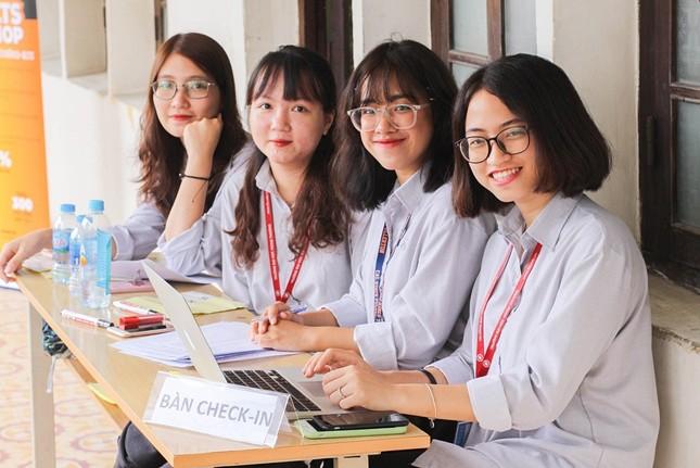 ĐH Quốc gia Hà Nội công bố đề thi tham khảo Kỳ thi đánh giá năng lực học sinh THPT 2021 ảnh 2