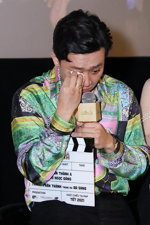 """Phát ngôn """"người Việt xem phim Bố Già vì có vấn đề về tâm lý"""" của Trấn Thành gây tranh cãi ảnh 1"""