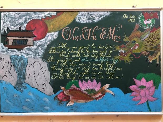 Sôi động Tháng Thanh niên: Hội học sinh đua nhau khoe màn trang trí bảng cực đẹp ảnh 5