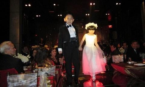 Con gái Như Quỳnh xuất hiện bên cạnh 'người tình không bao giờ cưới' của mẹ ảnh 3