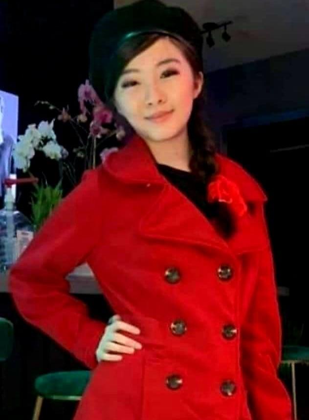 Con gái Như Quỳnh xuất hiện bên cạnh 'người tình không bao giờ cưới' của mẹ ảnh 6