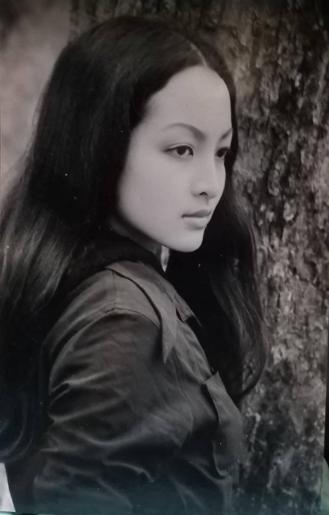 Ngắm vẻ đẹp thánh thiện của Linh Nga thời xuân sắc ảnh 1