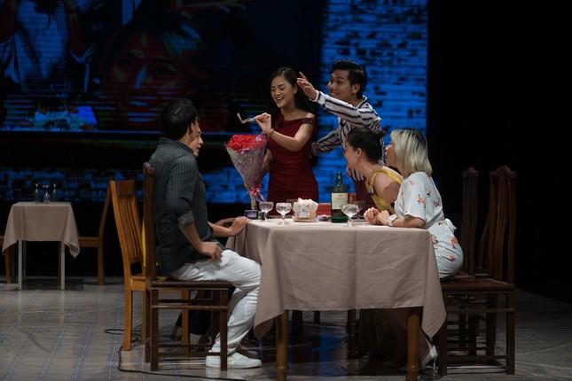 Thu Quỳnh 'Về nhà đi con' vào vai Hoạn Thư, kịch giống đời ảnh 1