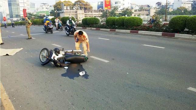 Một phụ nữ bị người nước ngoài lái xe máy tông tử vong ảnh 1