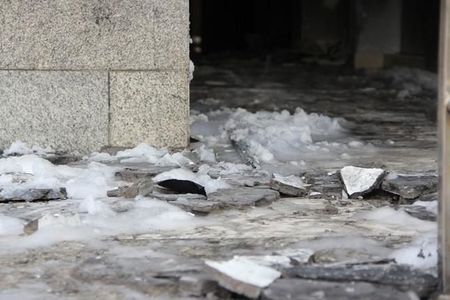 Hiện trường vụ cháy chung cư làm 13 người chết ở Sài Gòn ảnh 3