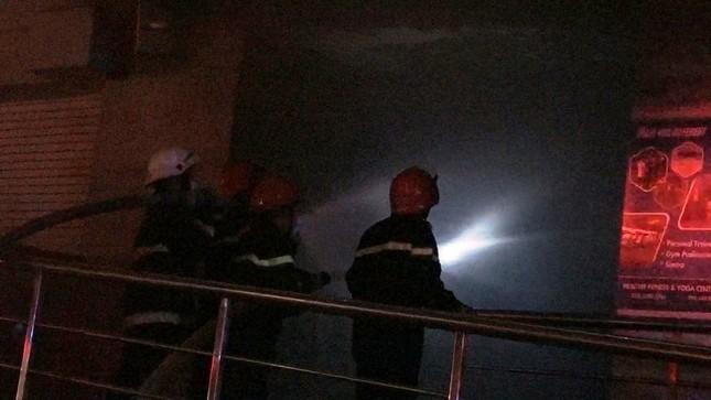 13 người chết, 14 người bị thương trong đám cháy chung cư ở Sài Gòn ảnh 1