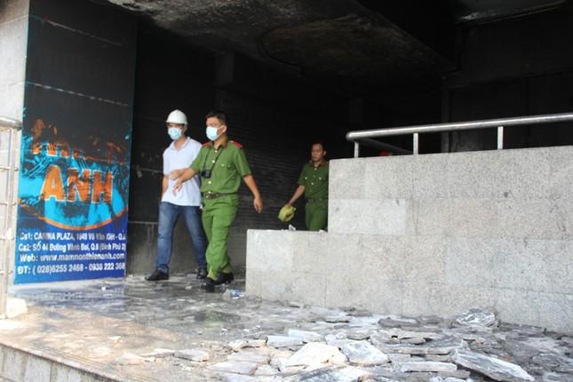 Hiện trường vụ cháy chung cư làm 13 người chết ở Sài Gòn ảnh 11