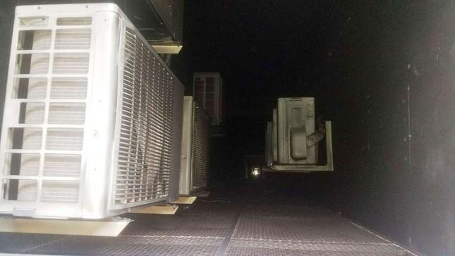 Bên trong chung cư Carina sau vụ cháy kinh hoàng làm 13 người chết ảnh 4