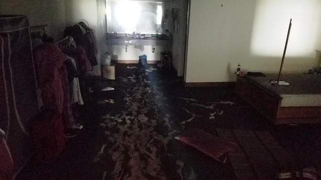 Bên trong chung cư Carina sau vụ cháy kinh hoàng làm 13 người chết ảnh 5