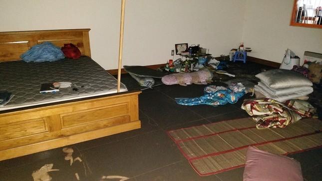 Bên trong chung cư Carina sau vụ cháy kinh hoàng làm 13 người chết ảnh 9