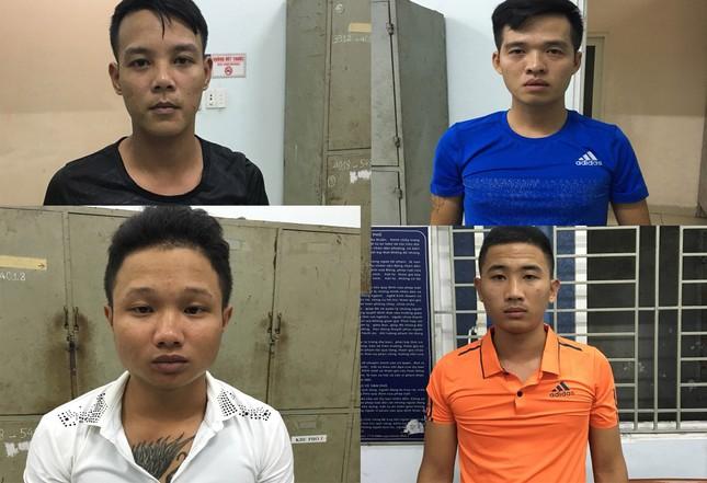 Công an vây quán nhậu, giải cứu người phụ nữ bị giang hồ 'bắt cóc' ảnh 2