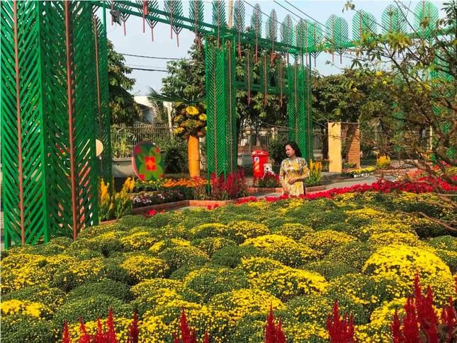 Những đường hoa không thể bỏ qua dịp Tết Nguyên đán ở Sài Gòn ảnh 6