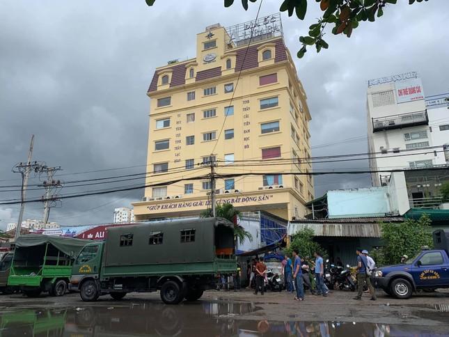 Bắt giam Chủ tịch Công ty Địa ốc Alibaba Nguyễn Thái Luyện ảnh 2