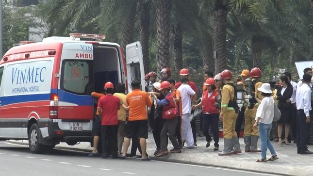 'Người nhện' đu dây trên toà nhà cao nhất Việt Nam cứu nạn nhân gặp hỏa hoạn ảnh 12