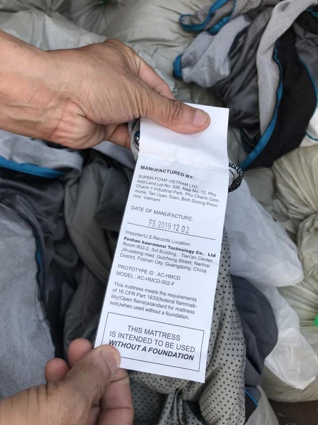 Ba container hàng Trung Quốc giả mạo nhãn mác Việt Nam để xuất sang Mỹ ảnh 2