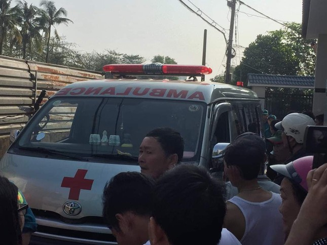 Vụ cháy làm 5 người chết sáng 27 tết: 4 xe máy bít kín lối thoát duy nhất ảnh 2